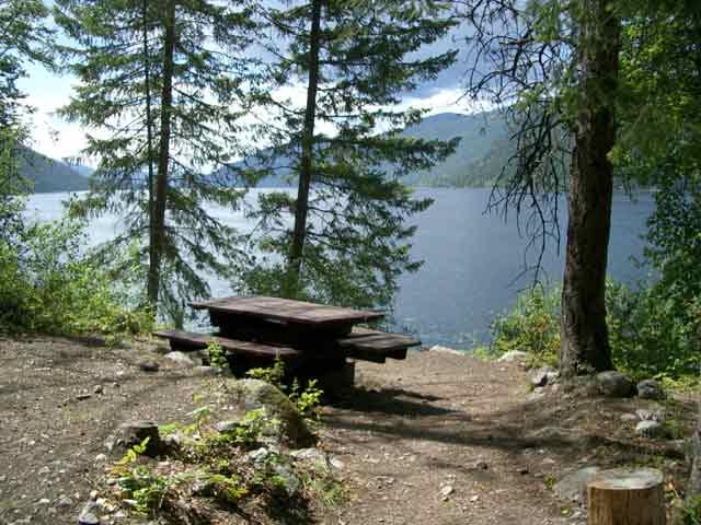 Gladstone Provincial Park Christina Lake Texas Creek